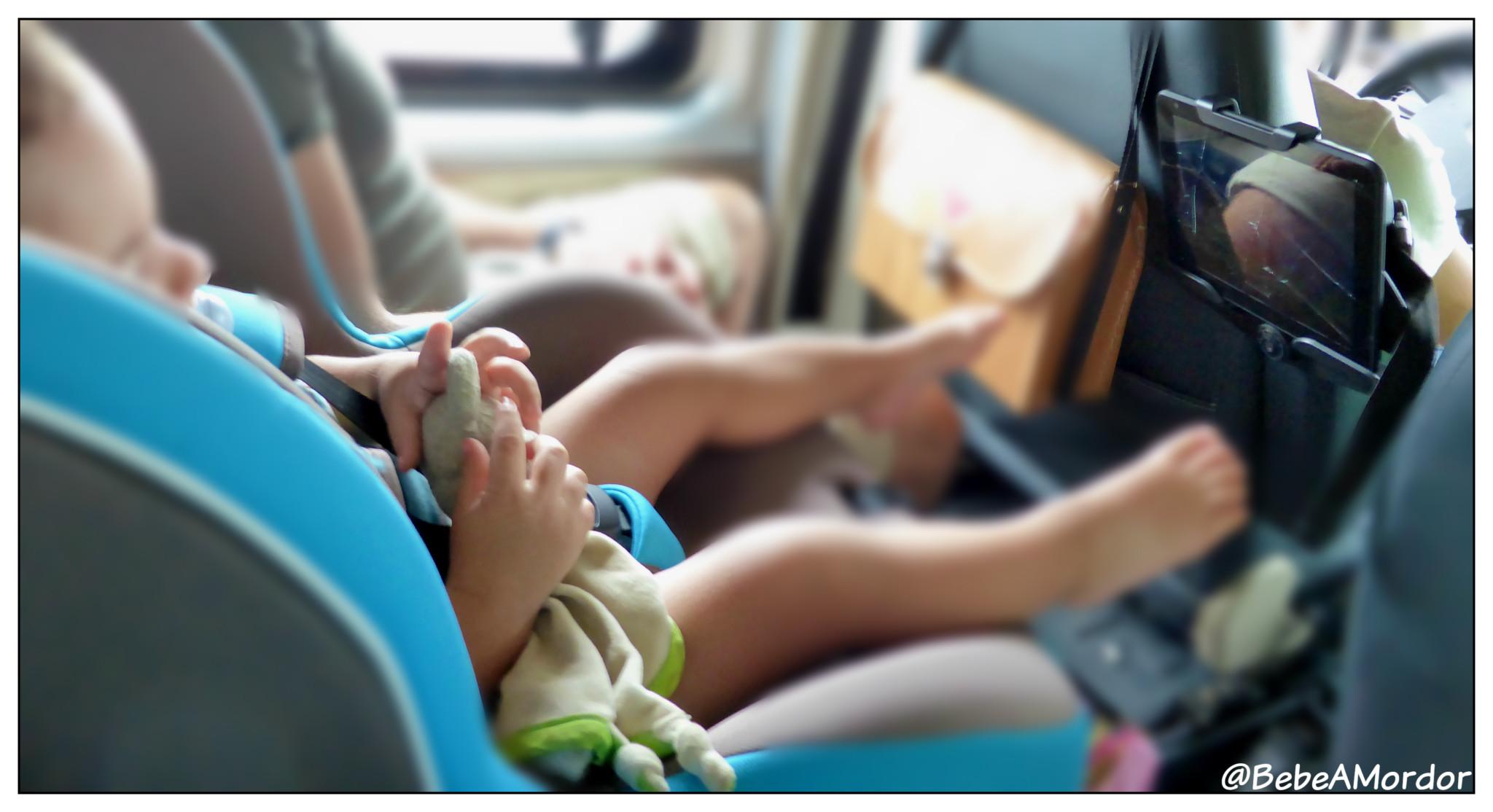 Viajar_coche_niños