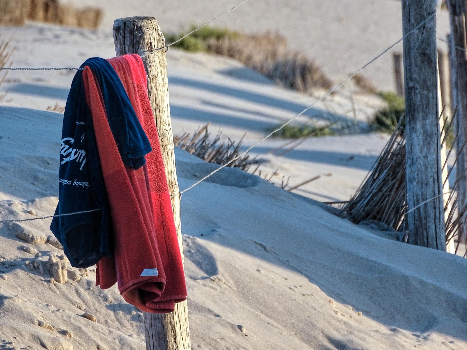 beach-2010507_1920