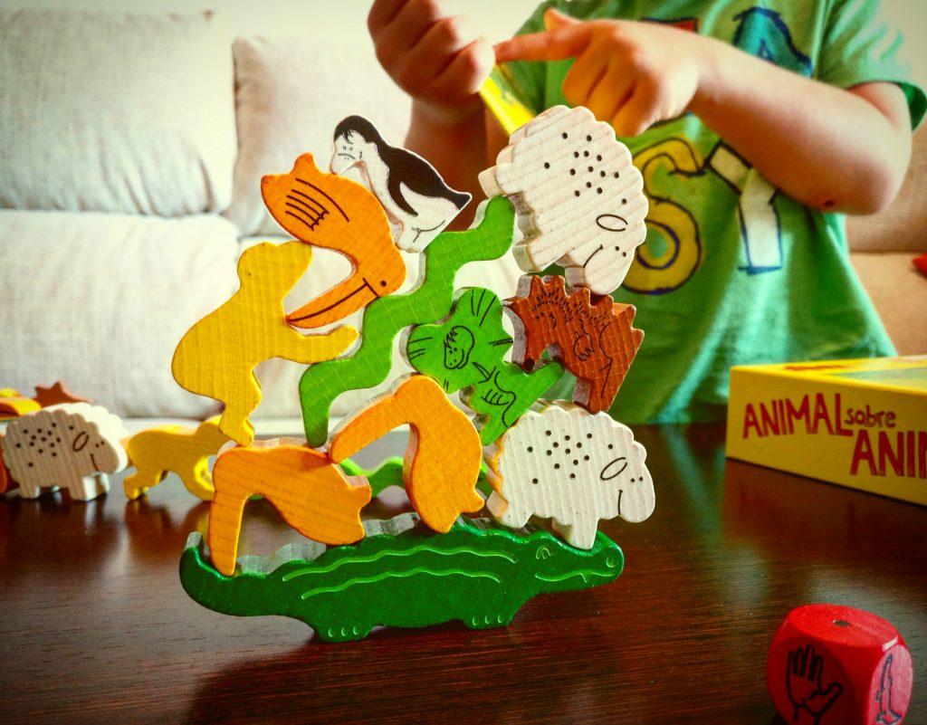 juego de mesa animal sobre animal de Haba