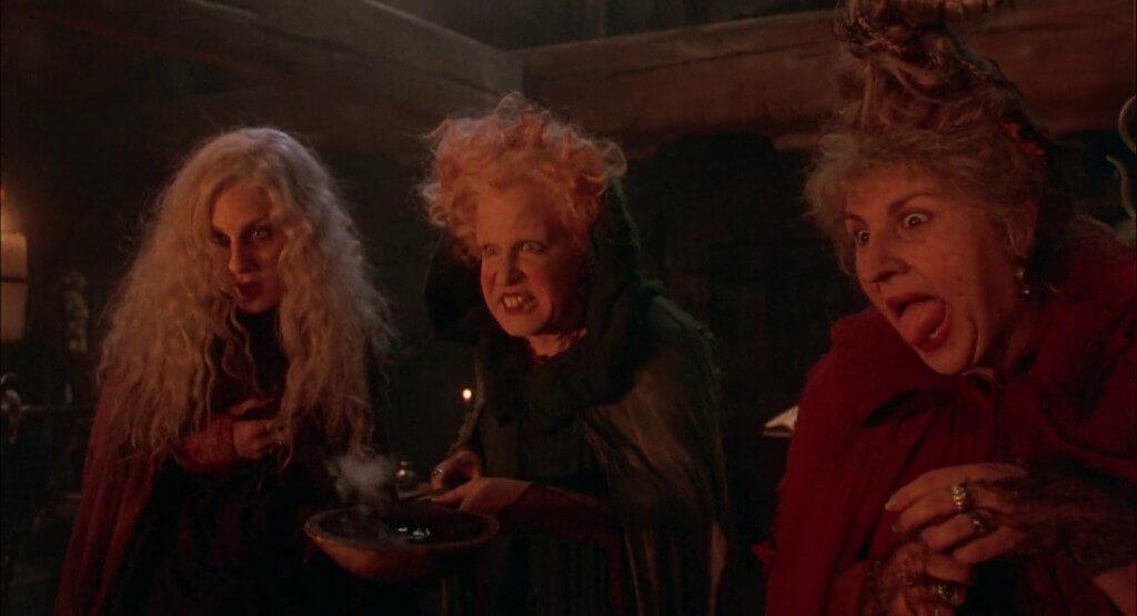 cine familiar brujas Halloween para niños El retorno de las brujas