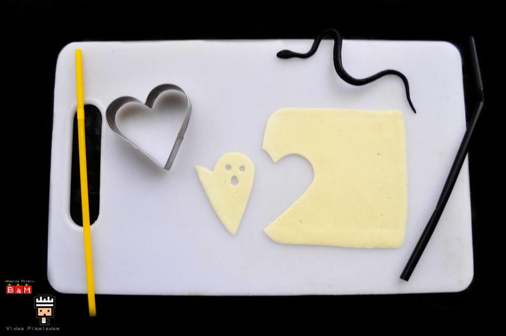Fantasma de queso con molde de corazón 3