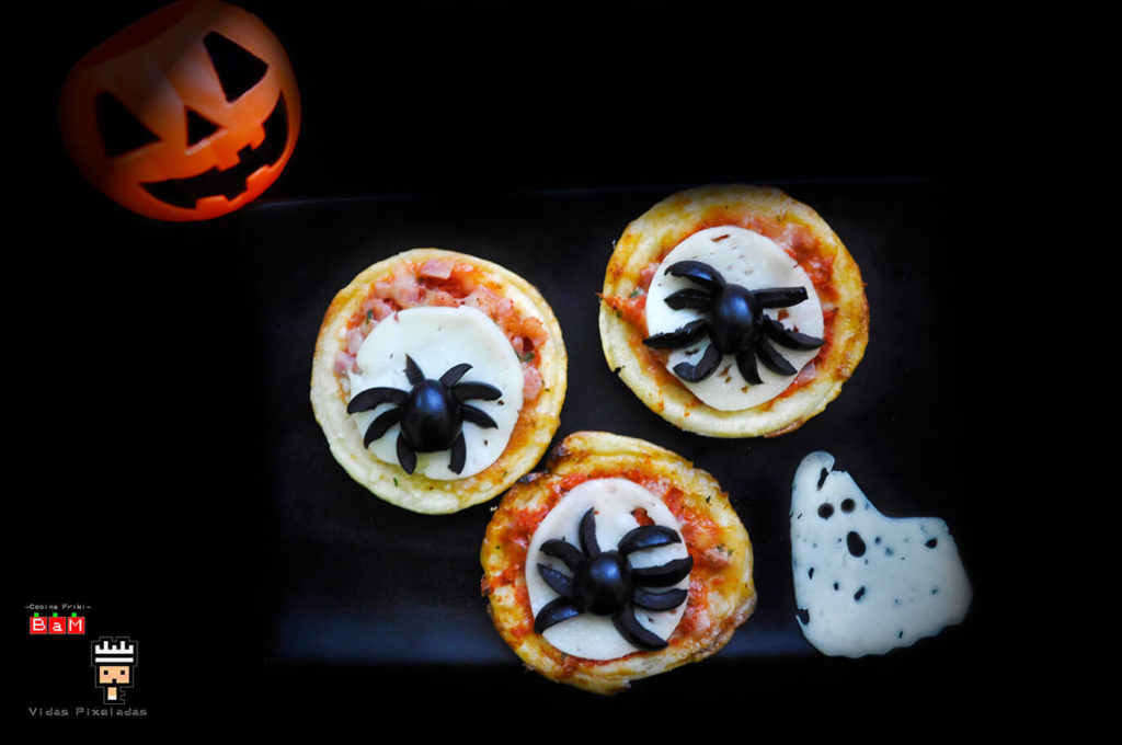 pizza de arañas espeluznante para niños