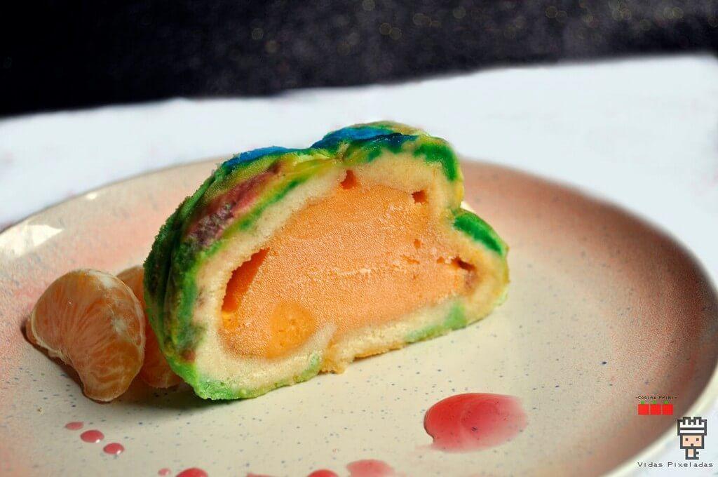 swiss roll de colores rellena de sorbete de mandarina