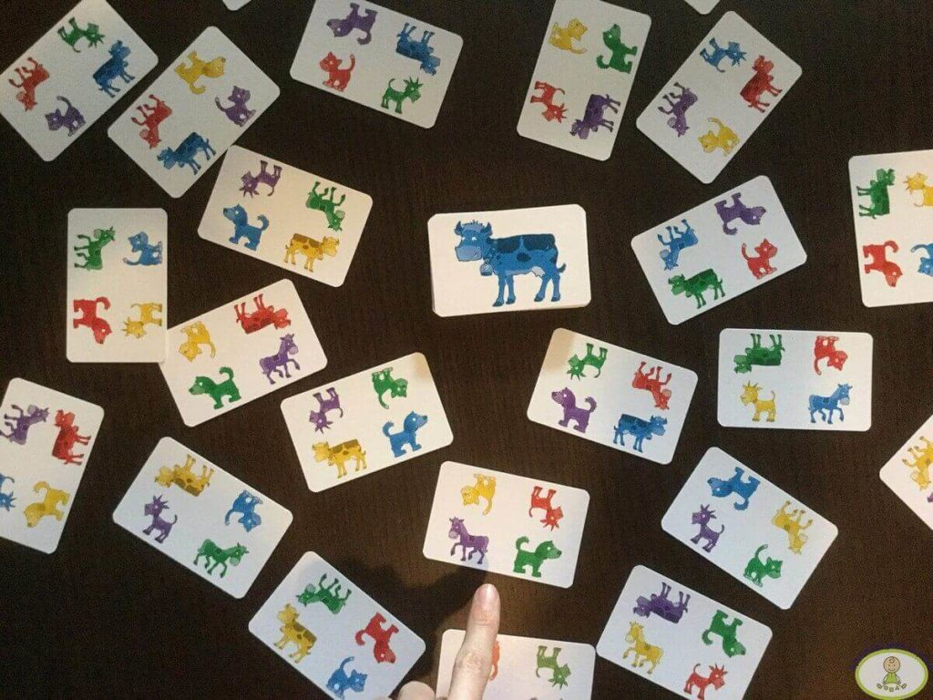 VERSIÓN avanzada del juego de cartas para niños Pippo