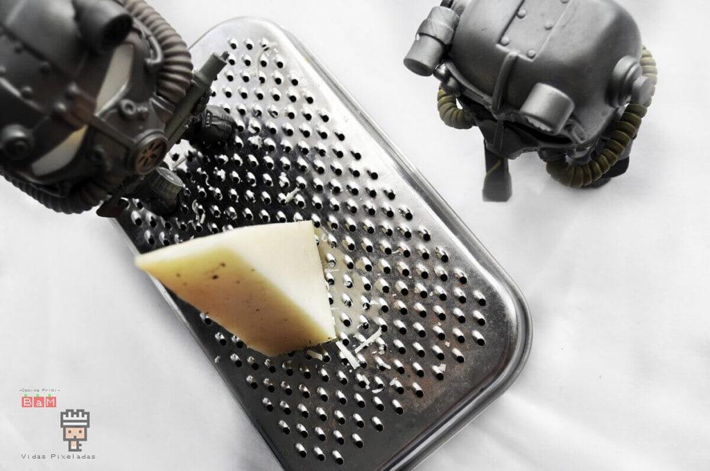 rallar queso para champiñones