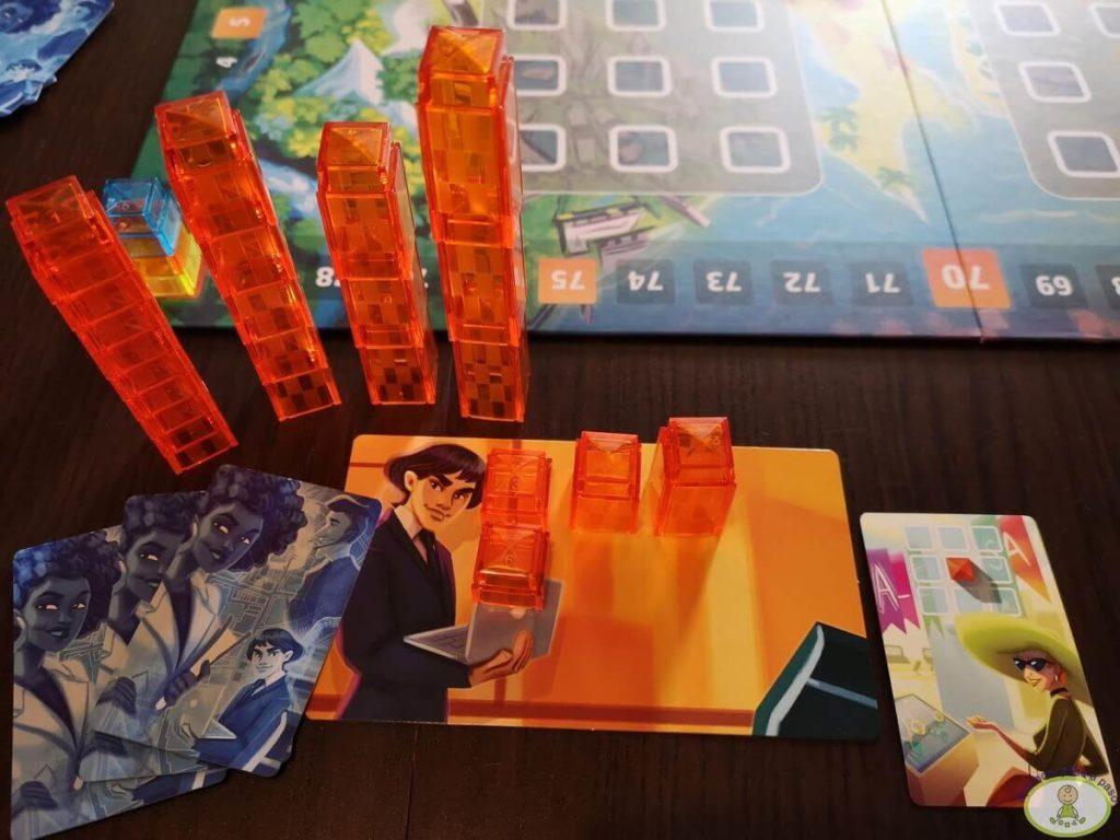 jugar una carta en juego de mesa Manhattan