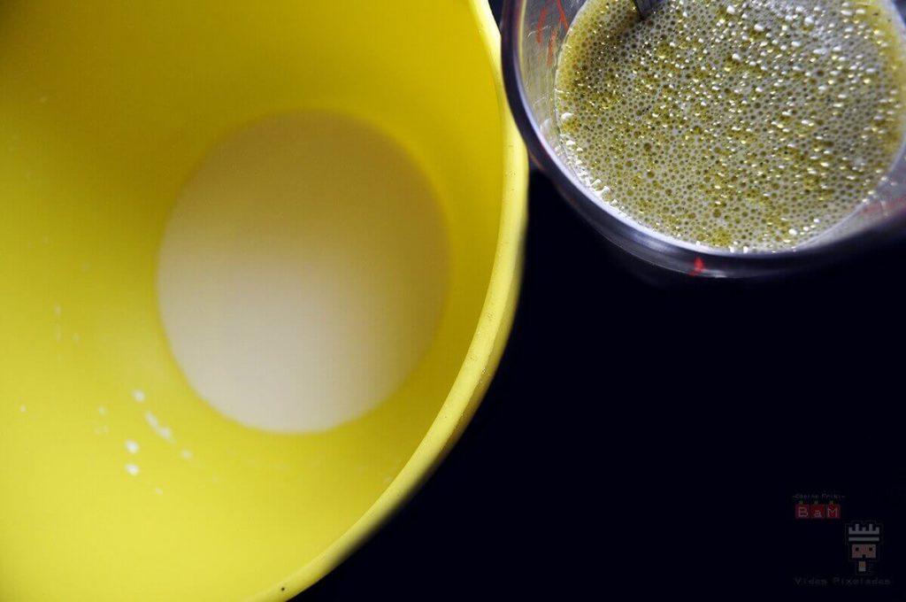 BATIDO DE espinacas y nata ingredientes receta pan verde