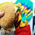 hamburguesa capitana Marvel comida rápida de los vengadores
