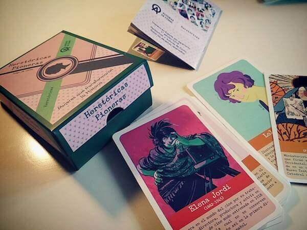 caja y componentes juego de mesa feminista Herstoricas Pioneras