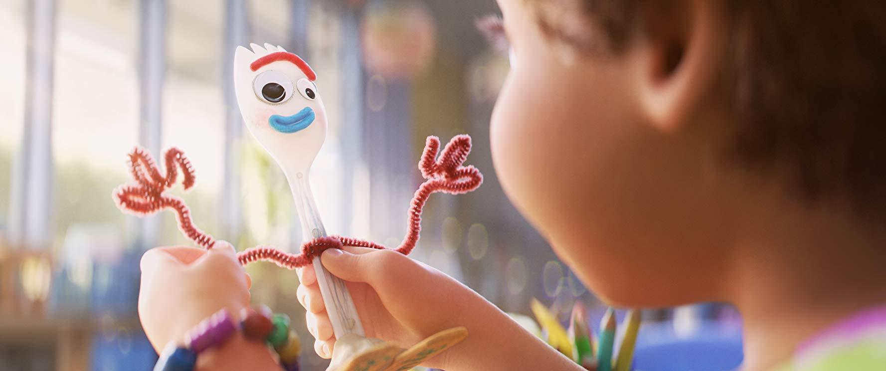 Forky el juguete creado por Bonnie en Toy Story 4