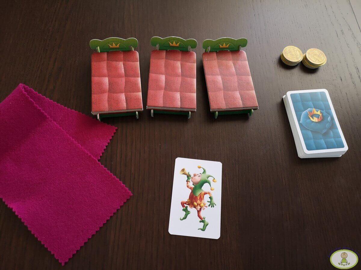 Pijamas a la cama 14 cuando sale el bufón se descartan todas las cartas