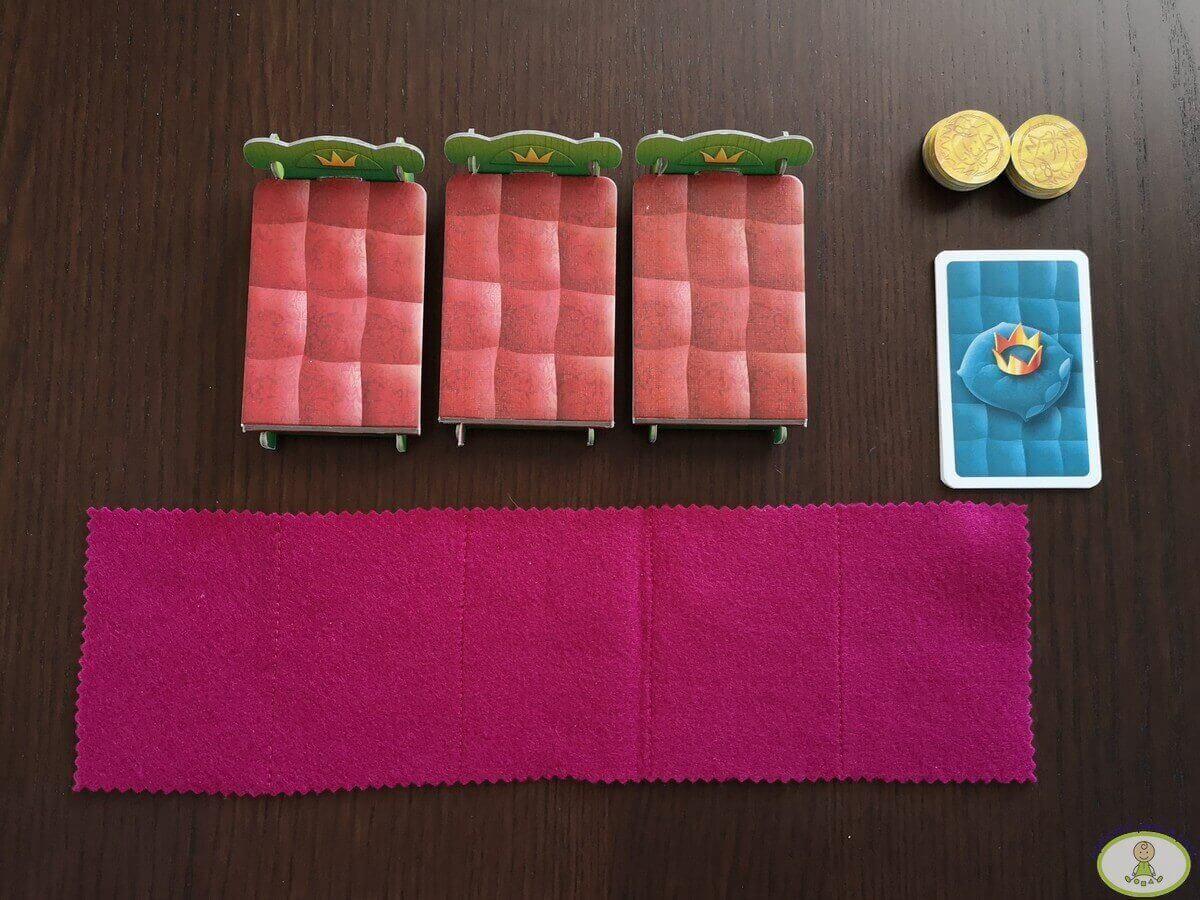 preparación juego de mesa Pijamas a la cama modo fácil