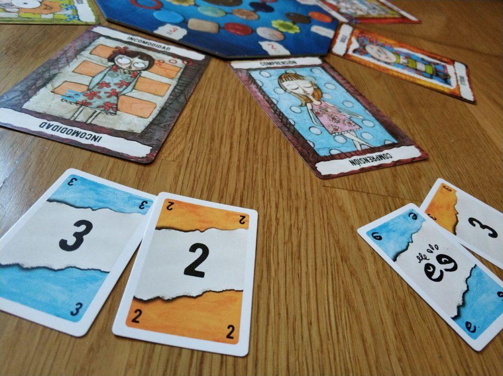 cartas de votos y empatía juego de mesa Feelinks