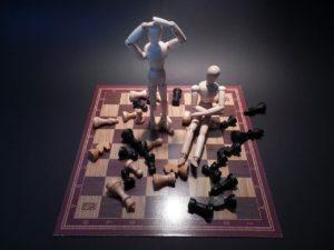 Drama muñecos tolerancia a la frustación con juegos de mesa