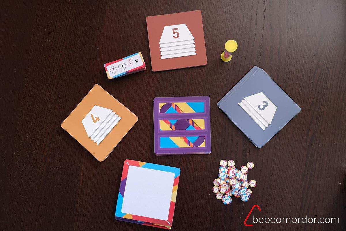 componentes del juego de mesa Layers