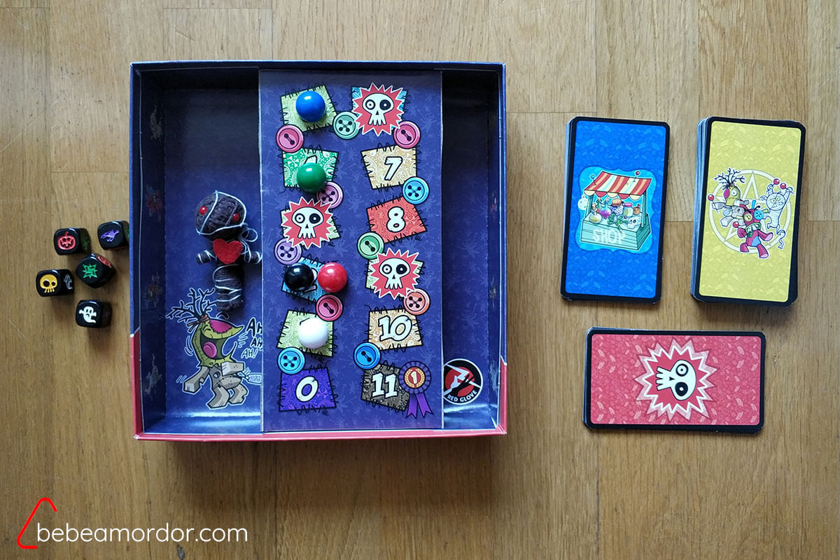 componentes principales juego de mesa VUDÚ