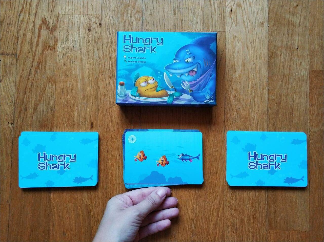 componentes juego de cartas Hungry Shark