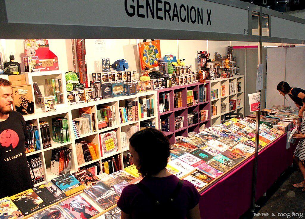 stand Generación X con variedad de cómics