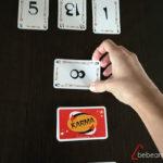 Karma_5_jugadora_poniendo_carta