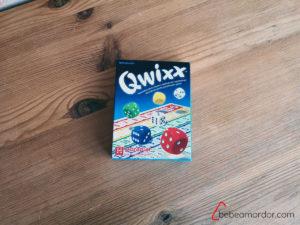 caja del juego de mesa Quixx