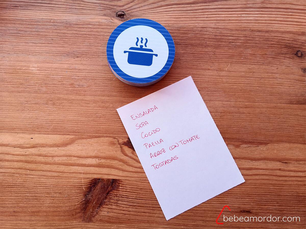 juego de cartas lata circular pequeña