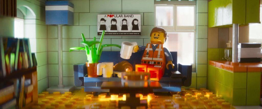 héroe Emmet La Lego PElícula es para niños