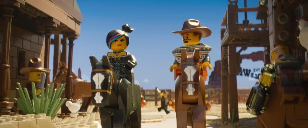 mundo LEGO oeste con piezas LEGO en la película para niños