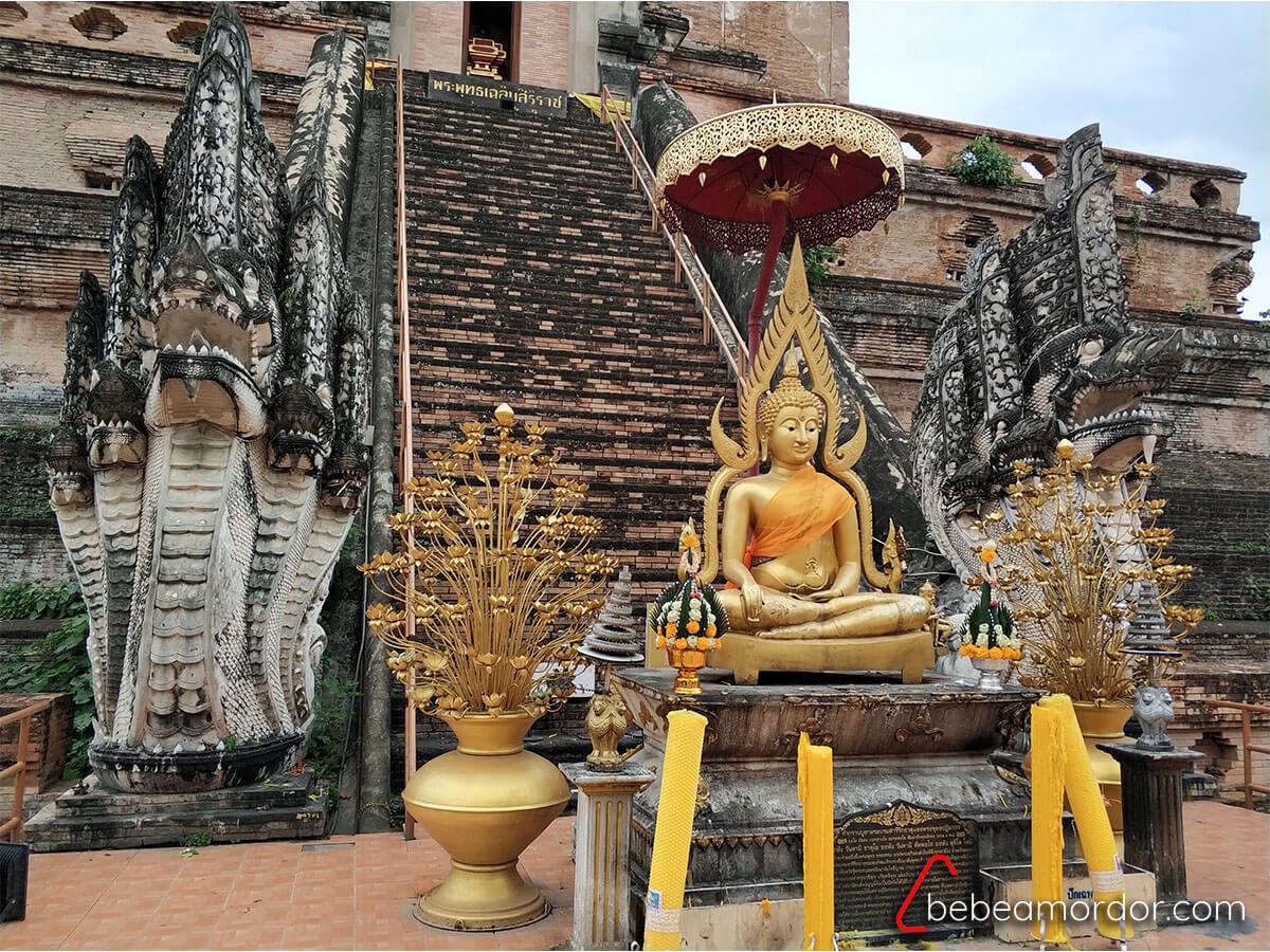 visita al Wat Chedi Luang de Tailandia