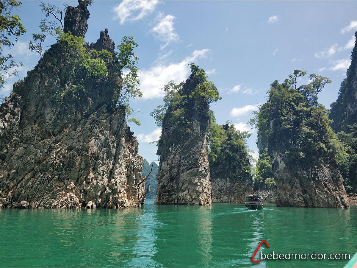 visita con los niños al Lago Cheow Lan en Parque Nacional Khao Sok de Tailandia