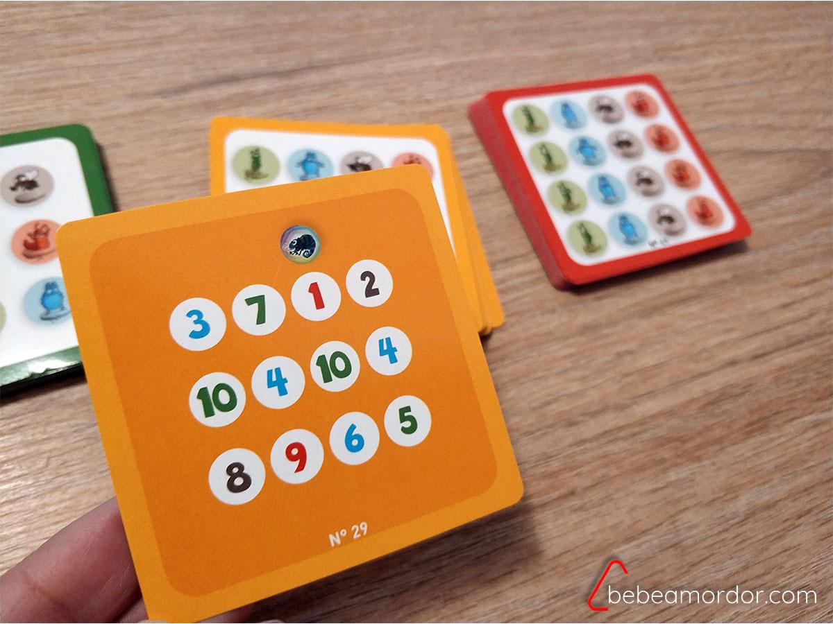 cartas de reto del juego solitario vistas por detras