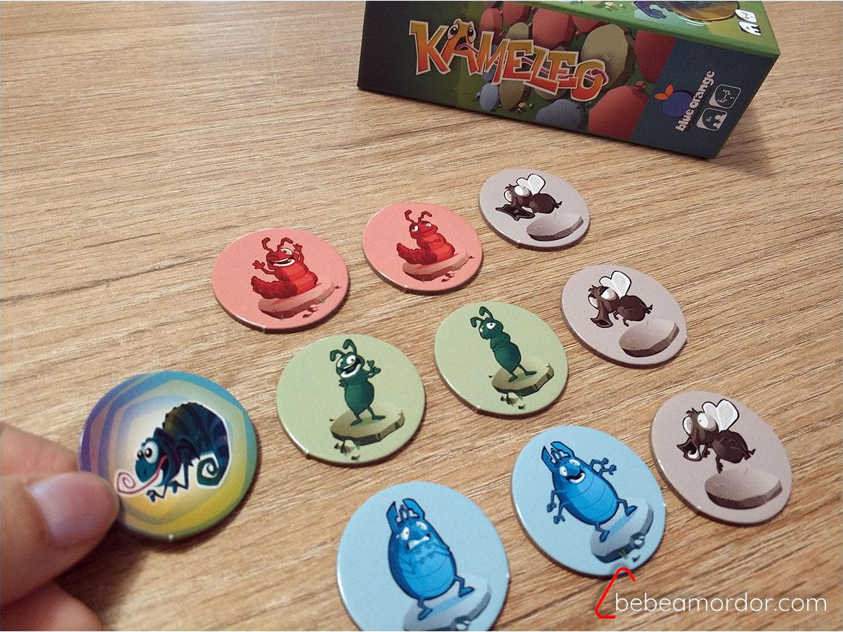 juego solitario de lógica Kameleo.