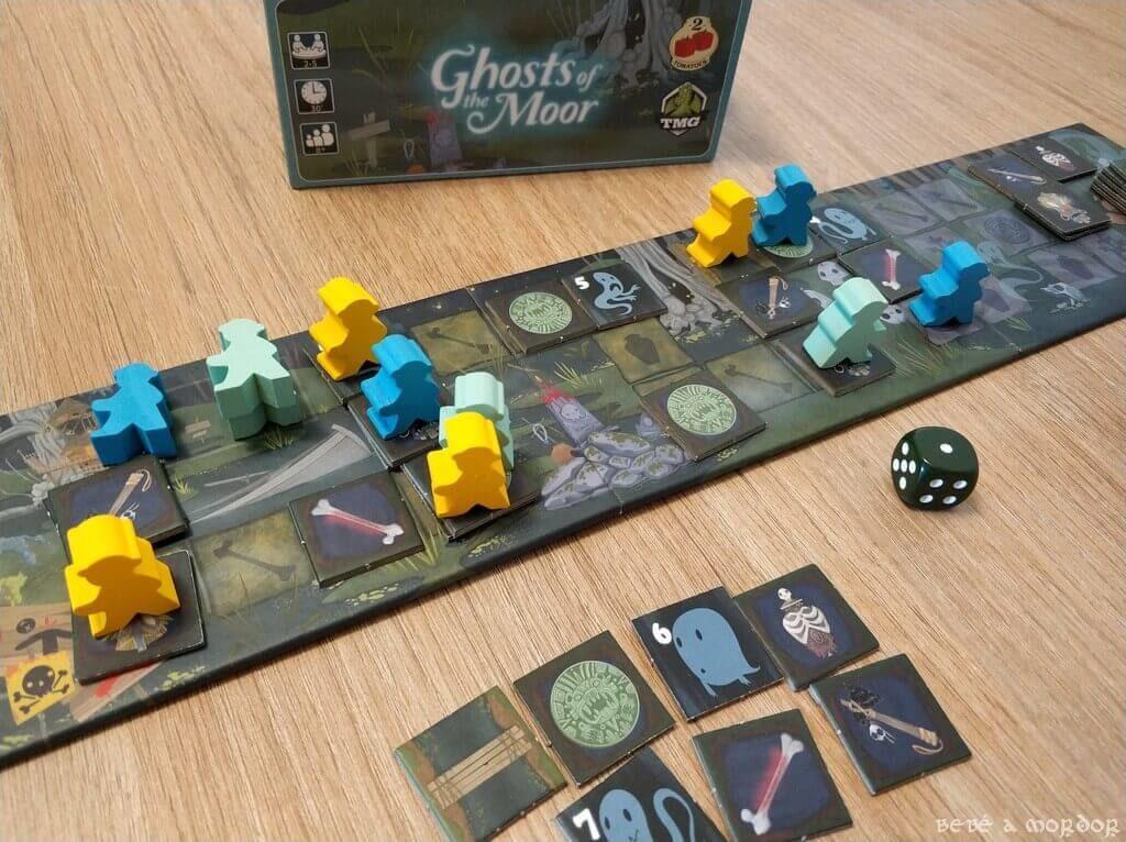 cómo se juega al juego de mesa Ghosts of the Moor