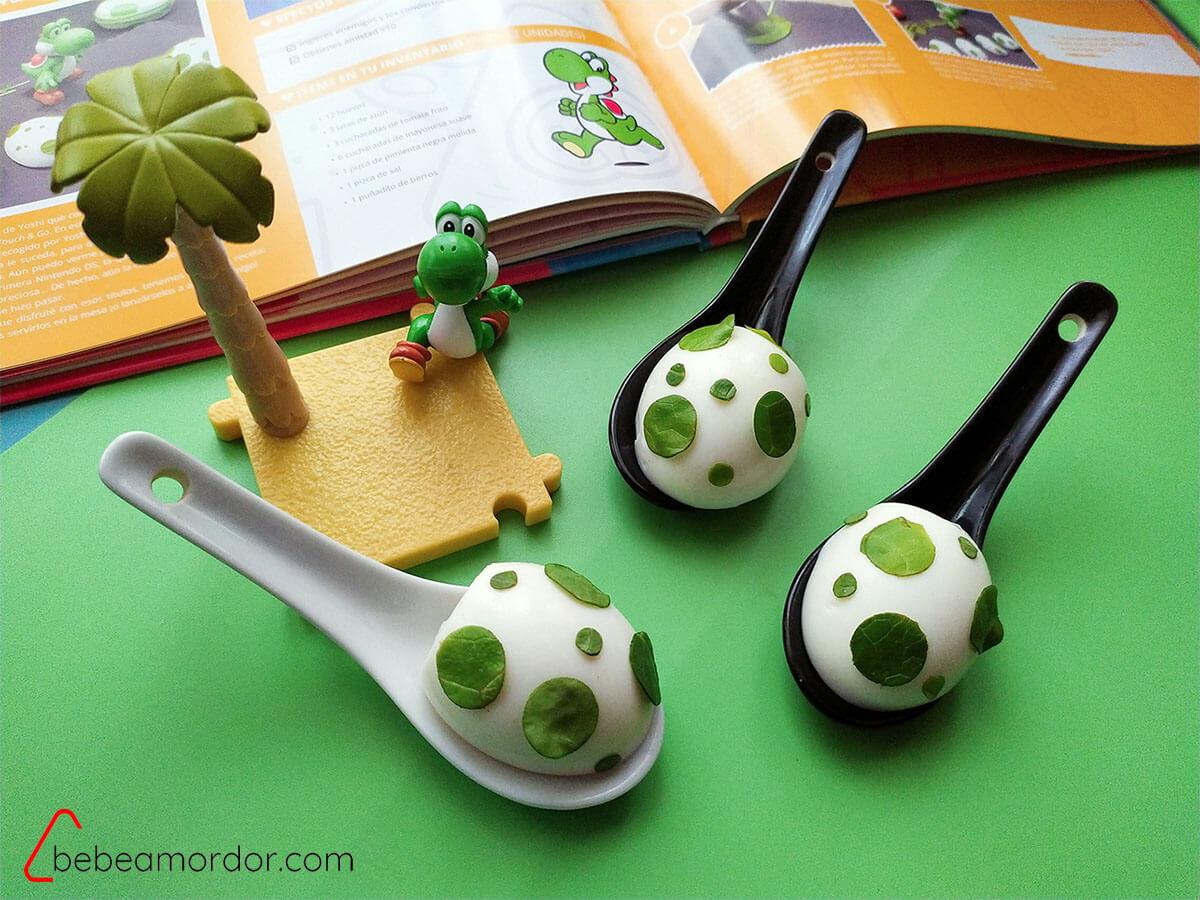 Huevos duros decorado Yoshi