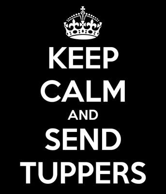 Texto blanco sobre negro: Keep Calm and Send Tuppers