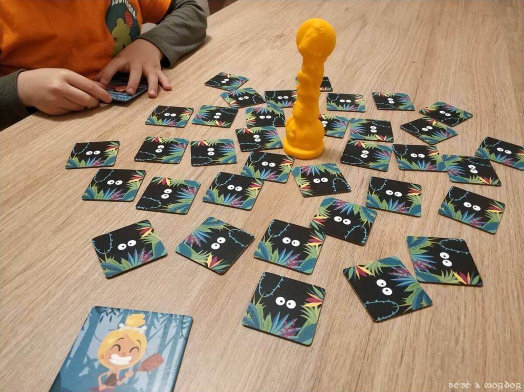niño jugando versión Kids