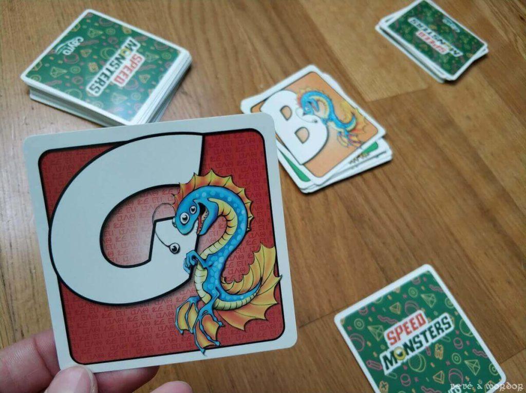 cartas consecutivas coincide en monstruo