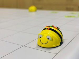 Bee Bot robot para programar desde 3 años sin leer
