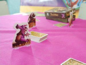 dragón durmiendo estética de dragones Tranjis