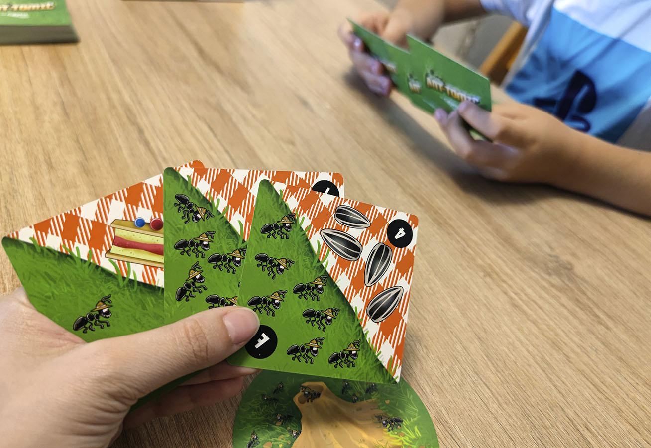 ant-tomic juego de mesa